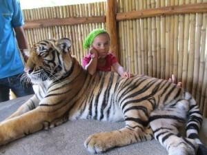 cherrychelle-mit-tiger